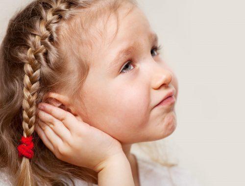 Otitis externa, la dolencia más habitual de los niños en verano