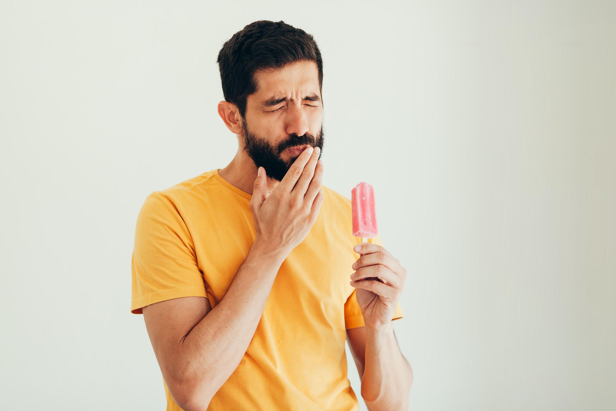 Sensibilidad dental, causas y soluciones
